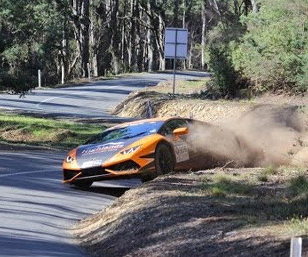 Targa Tasmania Driver Goes Off-Road in Lamborghini Huracan