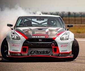 Nissan GT-R Drifts at 189 mph: El Drifto Loco