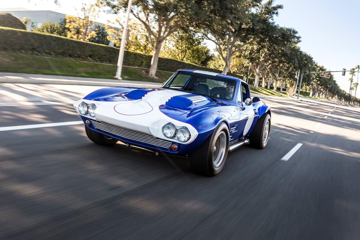 Superformance 1963 corvette grand sport gets reviewed