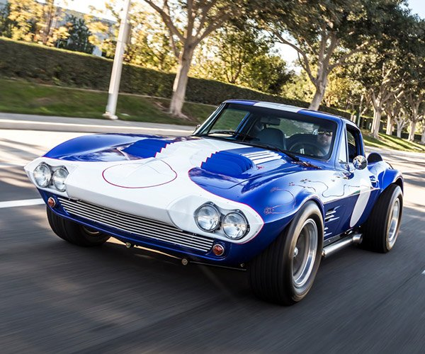 Superformance 1963 Corvette Grand Sport Gets Reviewed