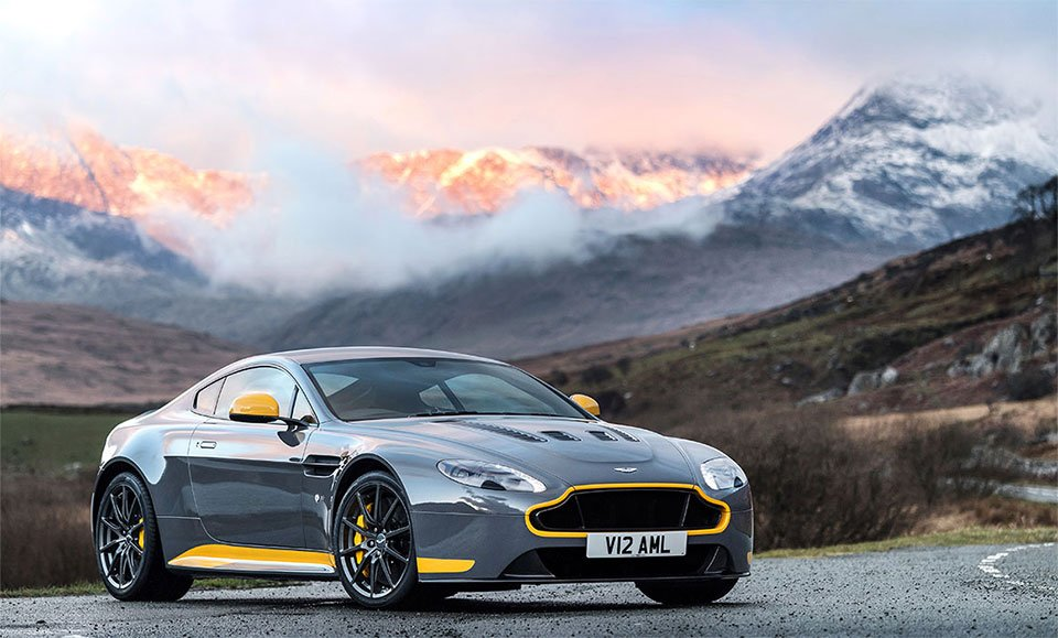 Aston Martin V12 Vantage S Gets Manual Trans Option