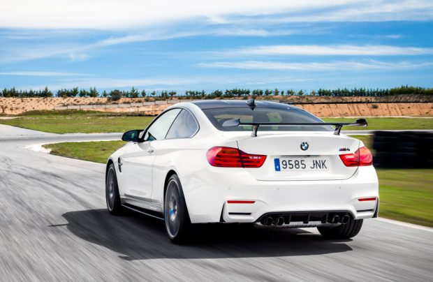 2017_bmw_m4_competition_sport_3