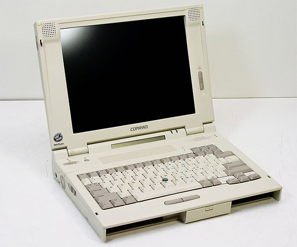 20-year-old Compaq Laptop Required to Fix McLaren F1