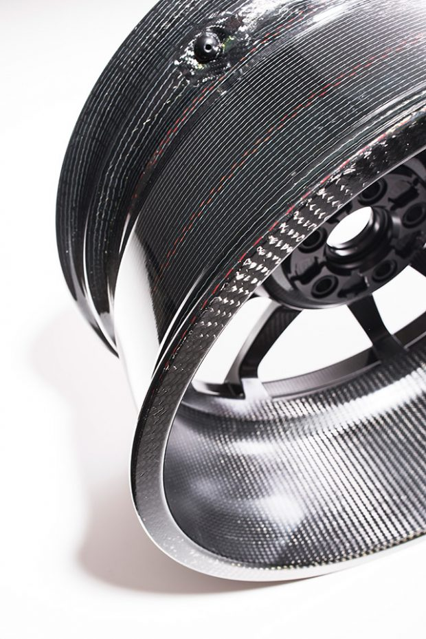 ford-gt-carbon-fiber_2