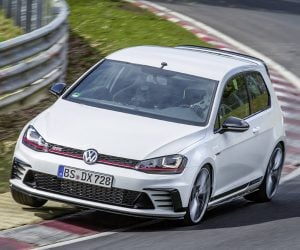 VW Golf GTI Clubsport S Steals FWD Nürburgring Record