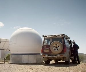 Toyota Land Cruiser Brings Mobile Signals to the Outback