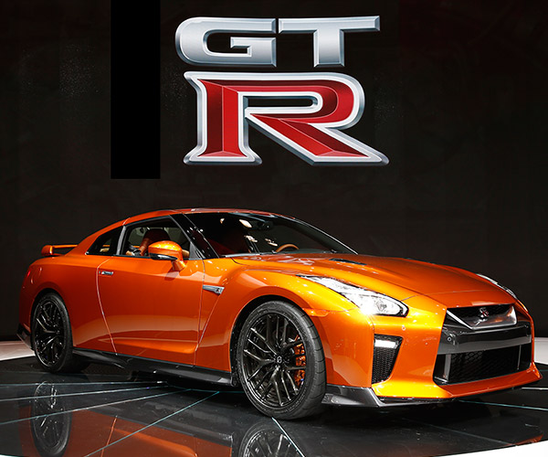 2017 Nissan GT-R Premium Price Announced