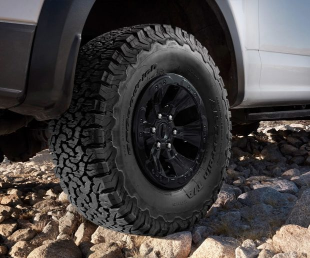 2017 ford f 150 raptor digs in with new bfgoodrich tires 95 octane. Black Bedroom Furniture Sets. Home Design Ideas