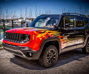 Jeep Renegade Hell's Revenge is a Flamed-out Tiny Off-Roader