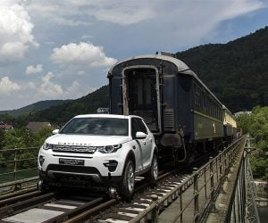 Land Rover Discovery Sport Pulls 100+ Ton Train