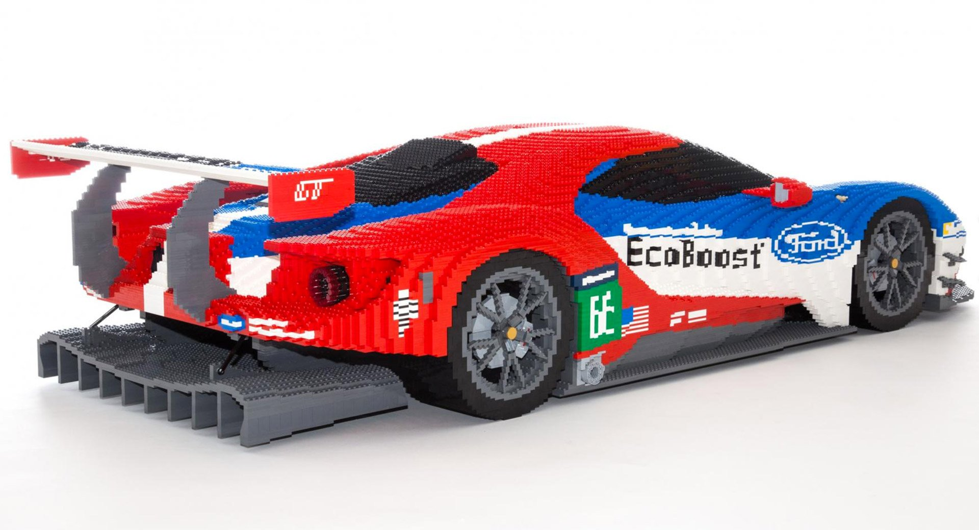 Lego Ford Gt Made From 40 000 Bricks 95 Octane