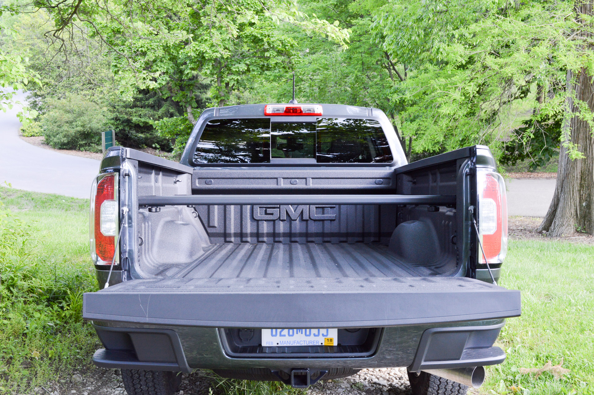 review 2016 gmc canyon sle diesel 95 octane. Black Bedroom Furniture Sets. Home Design Ideas