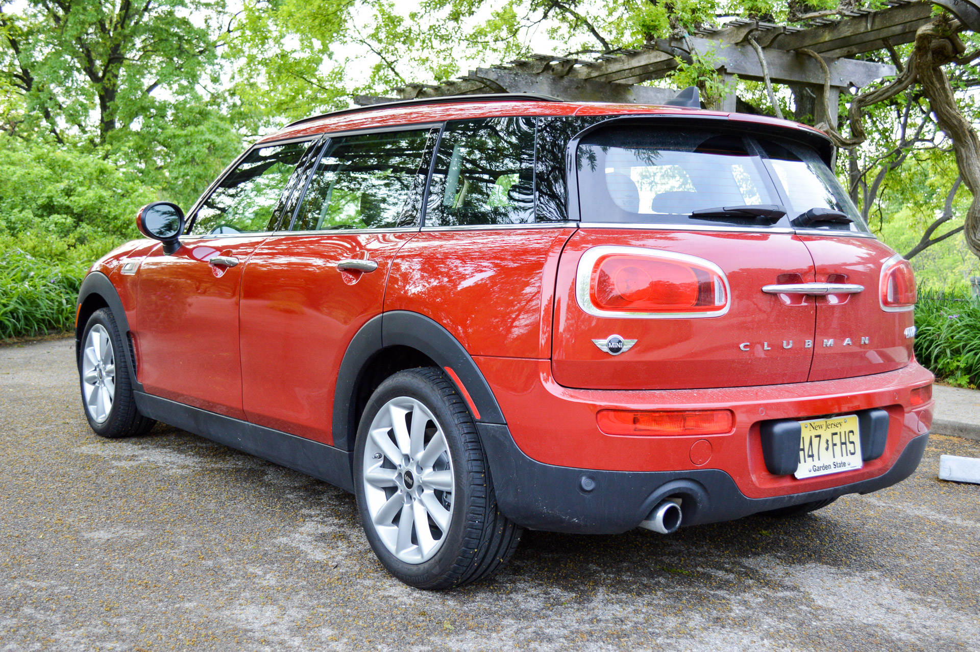 Brilliant Review 2016 Mini Clubman  95 Octane