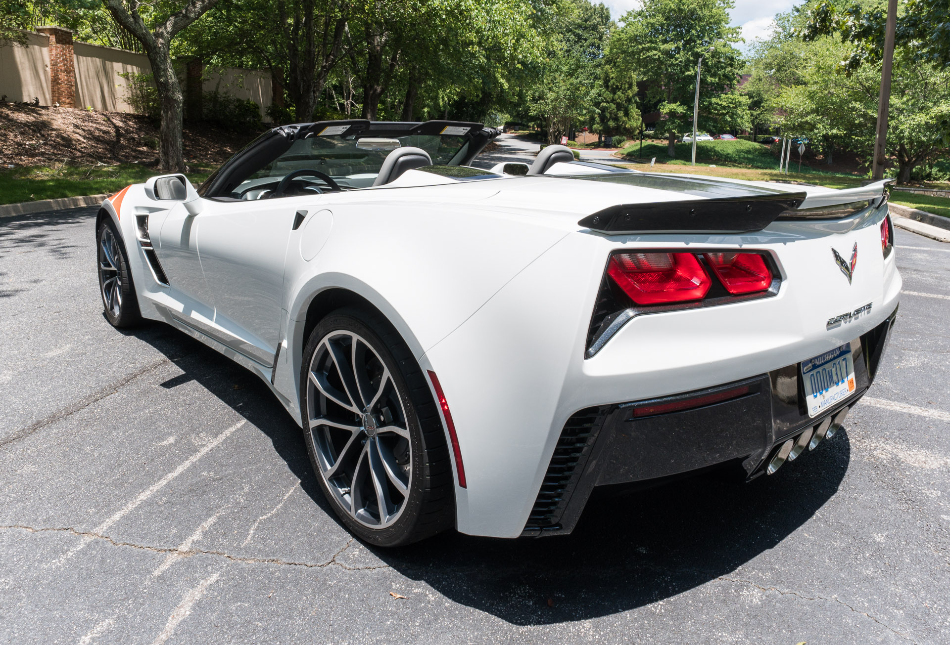 first drive review 2017 chevrolet corvette grand sport 95 octane. Black Bedroom Furniture Sets. Home Design Ideas