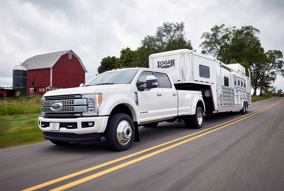 2017 Ford F-Series Super Duty Gets All the Torques