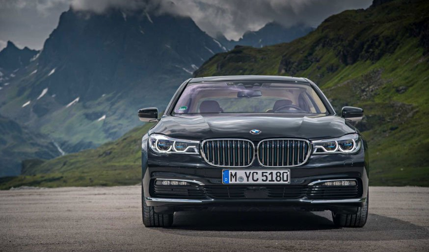 BMW 740 iPerformance Pairs Electric Power with Luxury