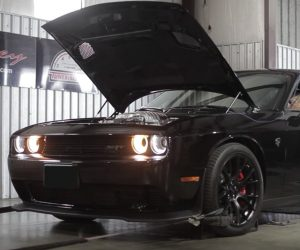 Hennessey HPE 1000 Challenger Hellcat Tears up the Dyno