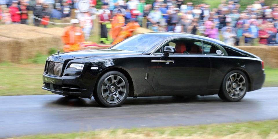 Rolls-Royce Wraith Stealthily Terrorizes Goodwood