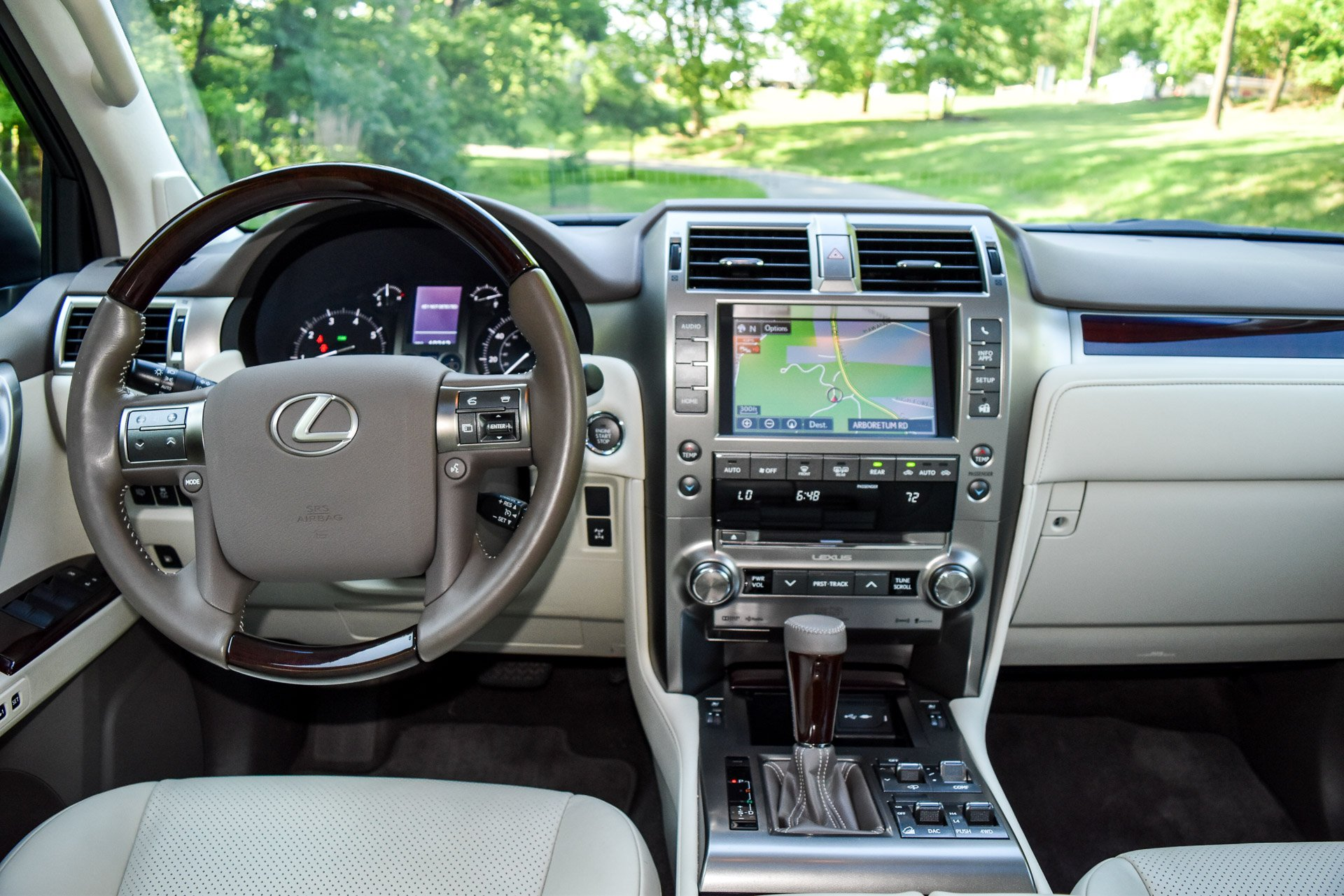 review 2016 lexus gx 460 the thrill of driving. Black Bedroom Furniture Sets. Home Design Ideas