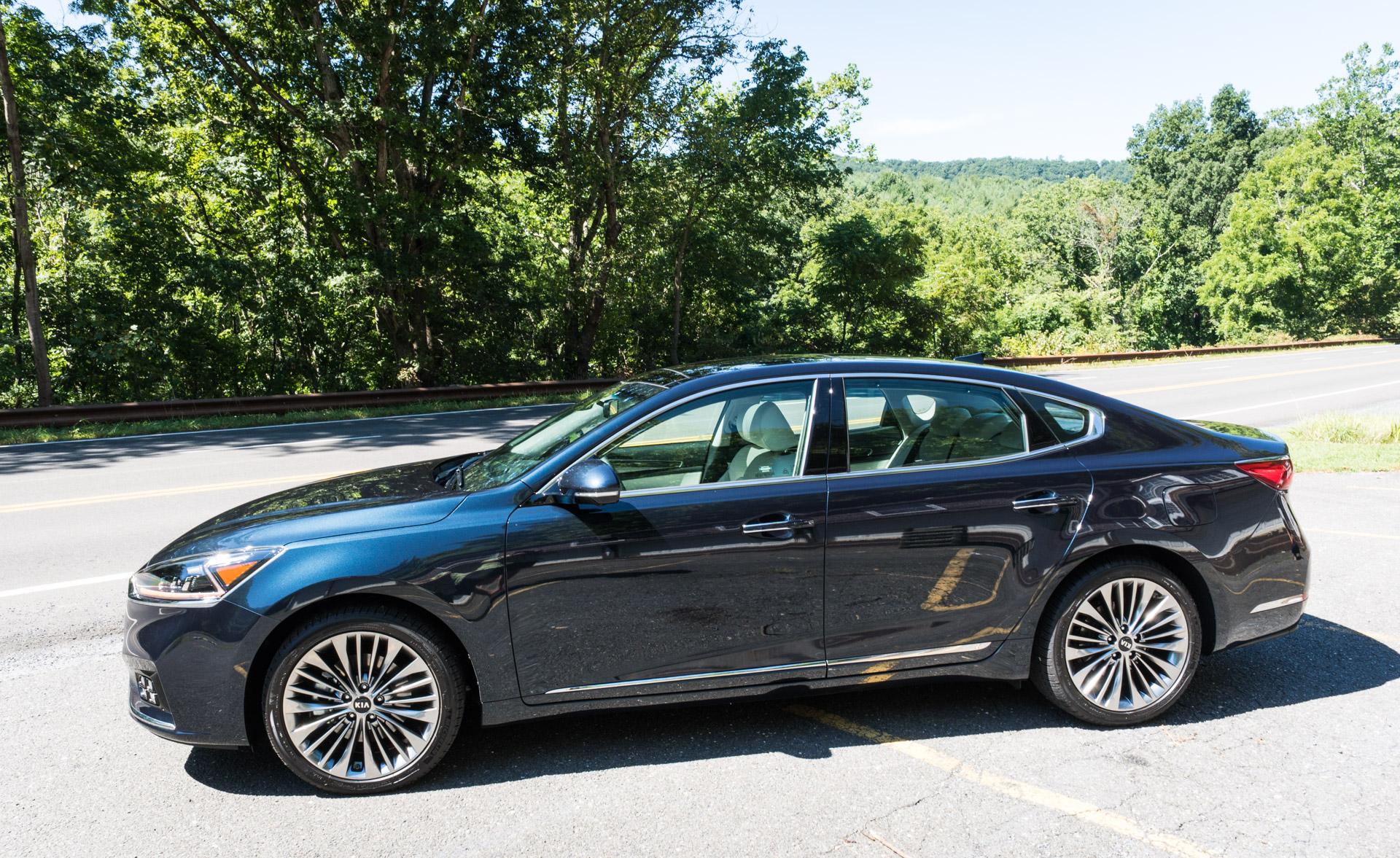 Simple First Drive Review 2017 Kia Cadenza SXL