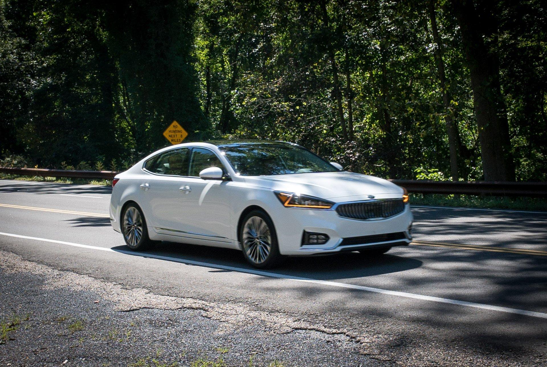 Innovative First Drive Review 2017 Kia Cadenza SXL  95 Octane