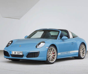 Porsche 911 Targa 4S Exclusive Design Edition is Blue and Badass