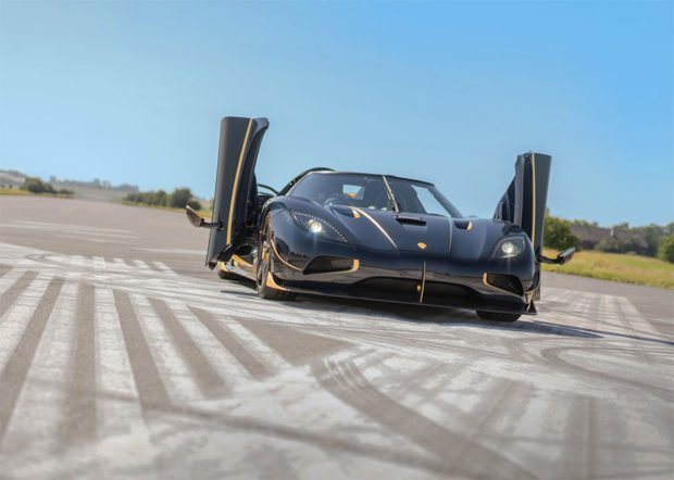 agera-rs-gold_2
