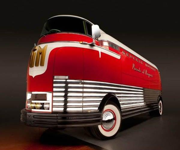 Rare 1939 General Motors Futurliner Bus Heads to Auction