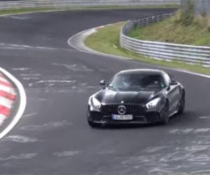 Sinister Black Mercedes-AMG GT R Busts up the Nürburgring