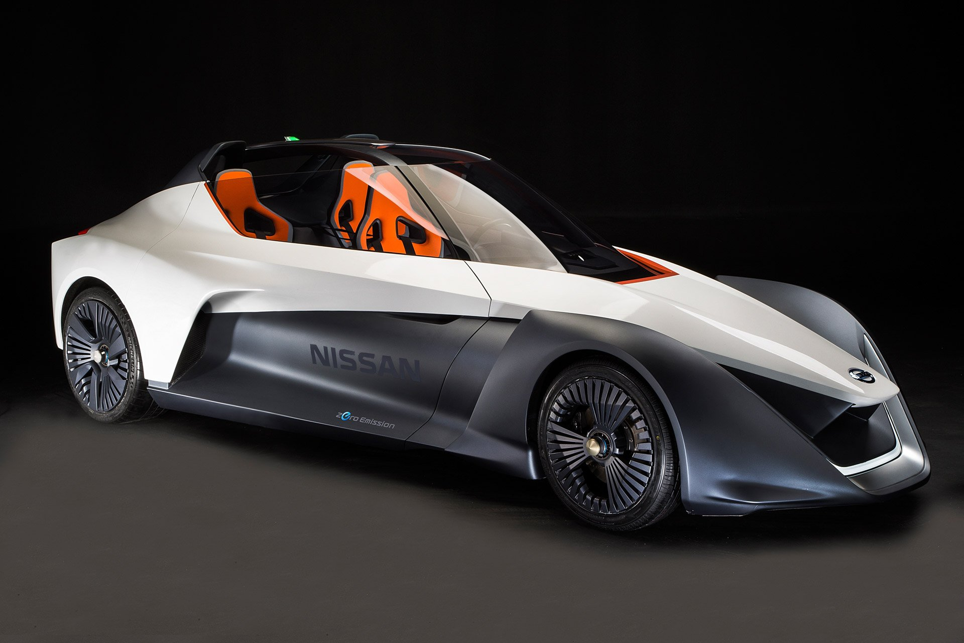 Nissan Bladeglider Electric Sports Car Pointy But