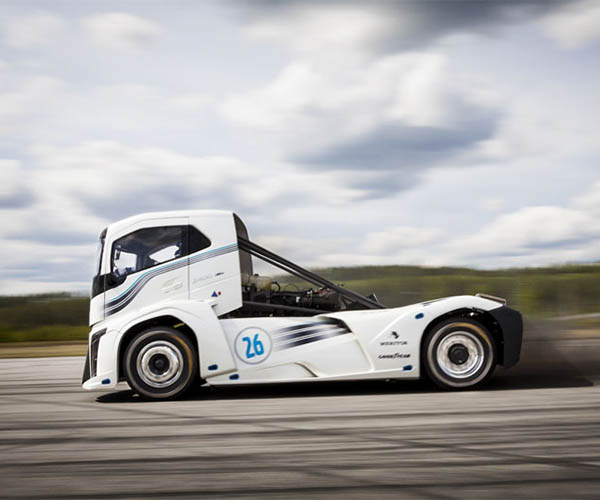 Volvo Iron Knight Big Rig Sets World Speed Records