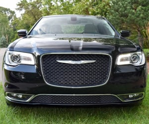 Review: 2016 Chrysler 300 Limited