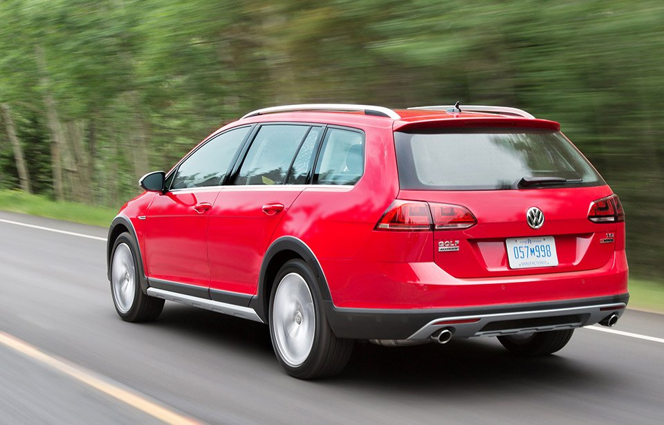 2017 Volkswagen Golf Alltrack: The Off-road Ready Station Wagon - 95 Octane