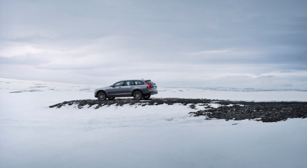volvo_v90_cross_country_3