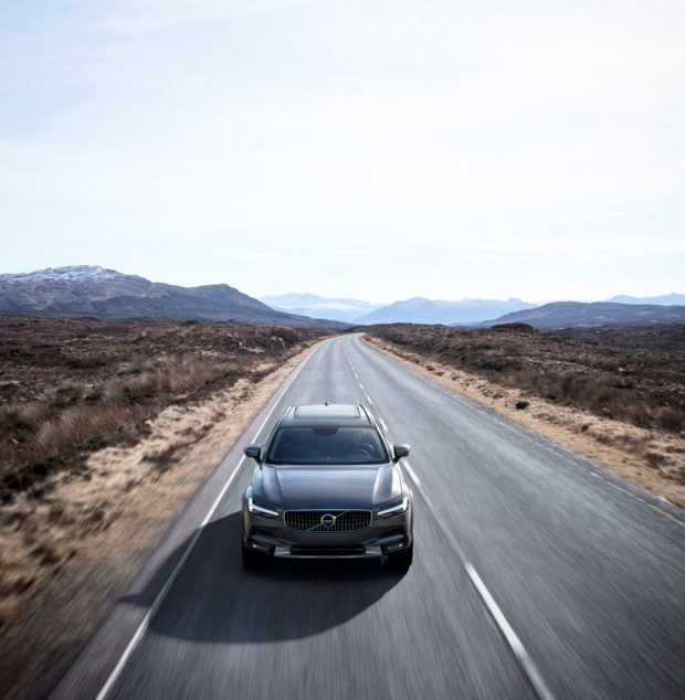volvo_v90_cross_country_5