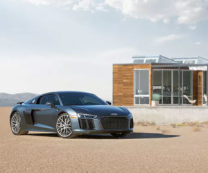 Desert AirBNB House Comes with Audi R8 V10 plus