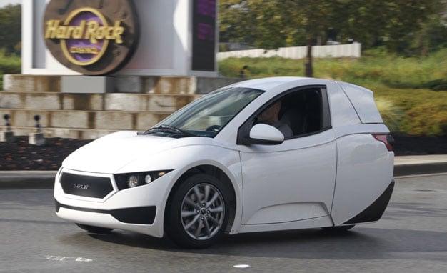Electra Meccanica Solo 3-Wheel EV Aims for 100 Mile Range