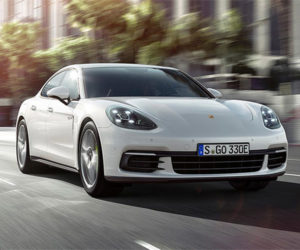 Porsche Panamera 4 E-Hybrid Packs Green-ish Punch