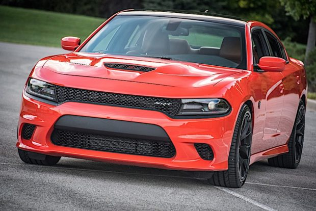 2016-dodge-charger-hellcat_24