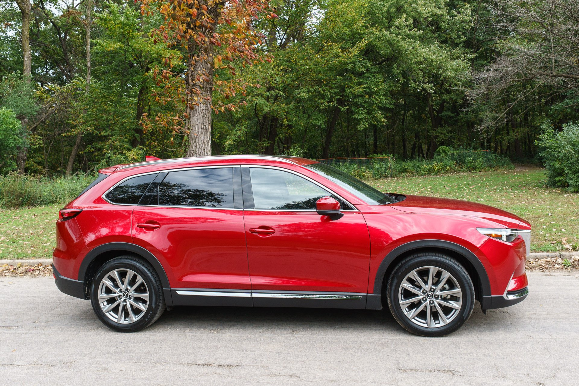 2016 mazda cx 9 grand touring awd driving really does. Black Bedroom Furniture Sets. Home Design Ideas
