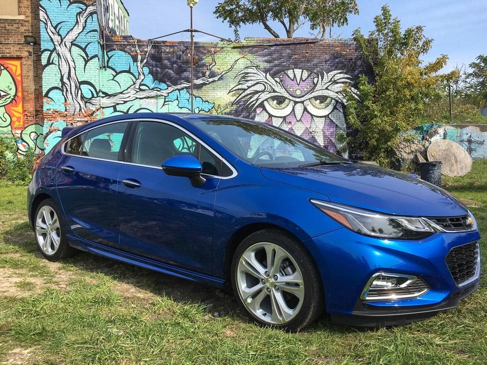 2017 Chevrolet Cruze Hatchback: Hatching Fun