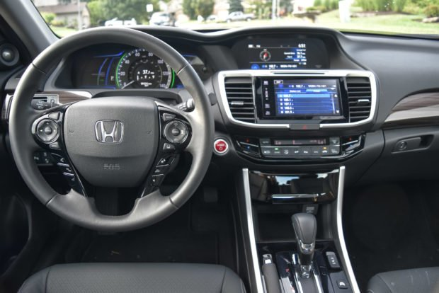 2017_honda_accord_hybrid_5