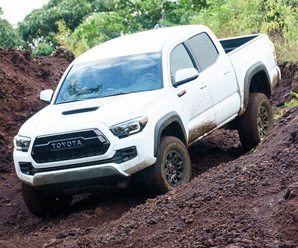 review 2016 toyota tacoma trd off road with manual 95. Black Bedroom Furniture Sets. Home Design Ideas