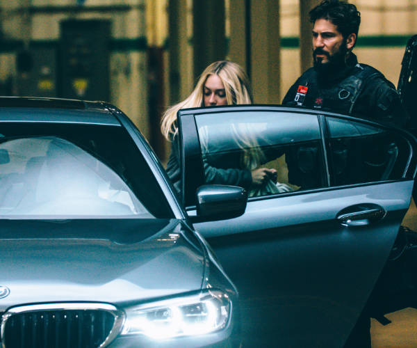 """Clive Owen Returns in """"The Escape"""" from BMW Films"""