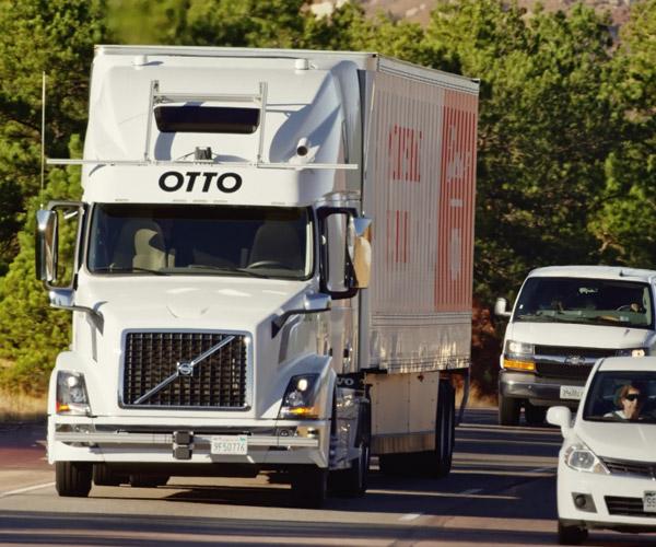 Self-Driving Truck Delivers Beer in Colorado