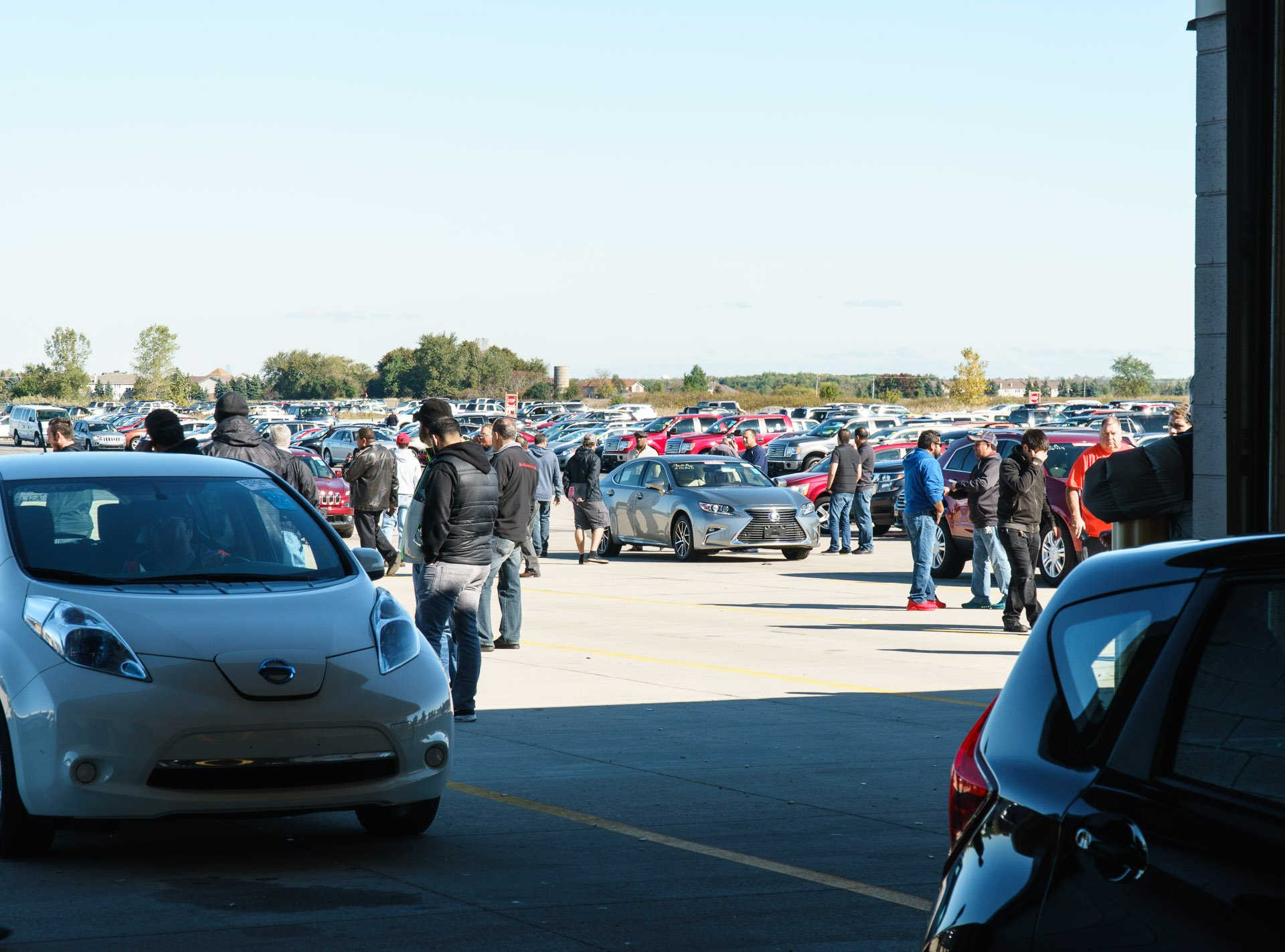 Inside a Wholesale Car Auction at Manheim Chicagoland