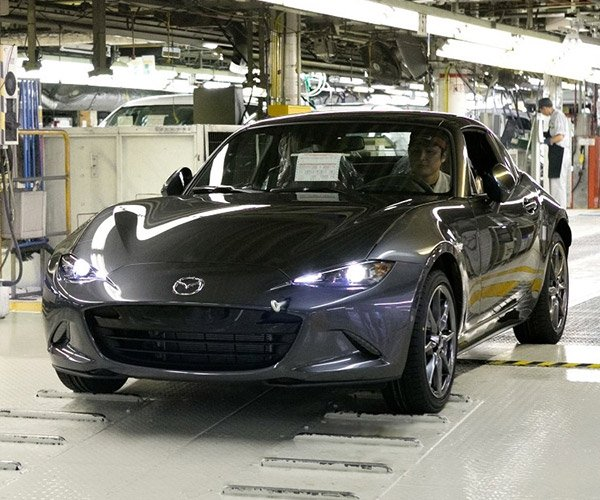 mx 5 roadster rs racing concept is the factory miata we want 95 octane. Black Bedroom Furniture Sets. Home Design Ideas