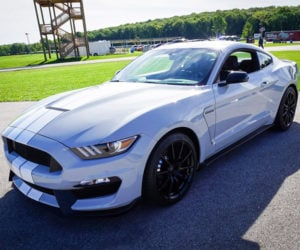 Shelby GT350 May Get a Flappy Paddle Dual-Clutch Transmission