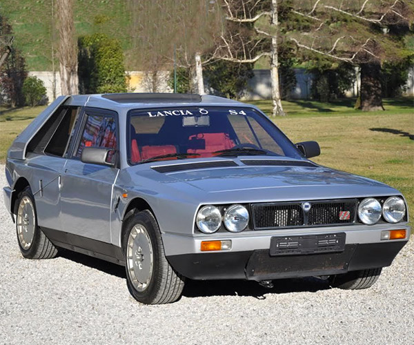 1985 Lancia Delta S4 Stradale Turns up on eBay