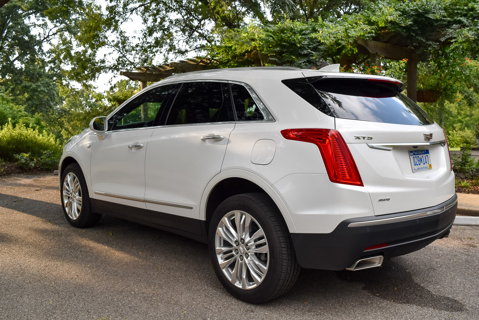 2017 Cadillac XT5 Premium Review